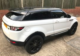 Range Rover Evoque Roof wrapped in Black